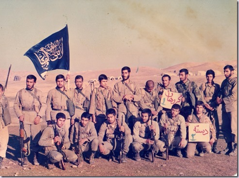 شهید محسن بابائی ایساده سمت راست
